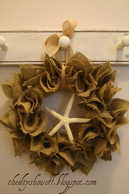 The DIY ShowOff Burlap Wreath