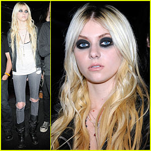 taylor momsen flashing pictures