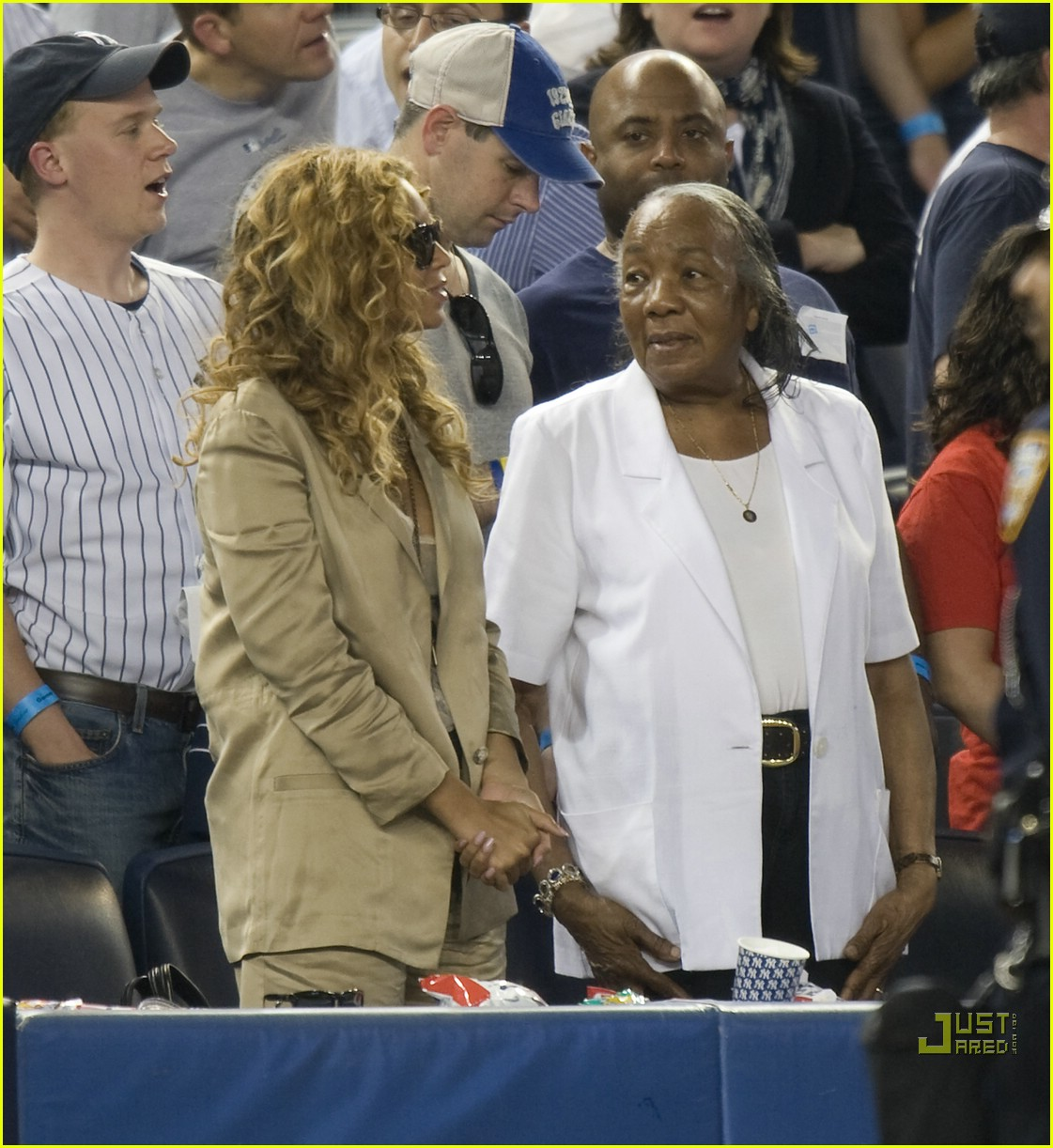 Jay Z Mother and Sister http://muse-and-vices.blogspot.com/2010/05/beyonce-does-baseball-with-jay-z-his_18.html