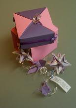 Oficina de origami e lançamentos