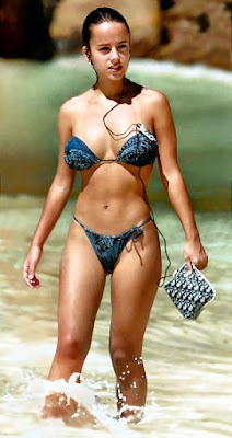 alizee bikini