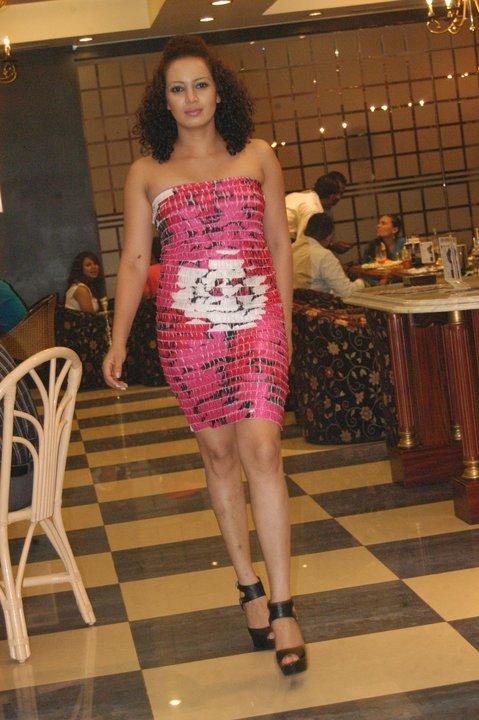 http://3.bp.blogspot.com/_YgVIy1rP_Kw/S95XHjDQqWI/AAAAAAAAA7g/vo73buaxIyI/s1600/Kanchana%2BRatnayake.jpg