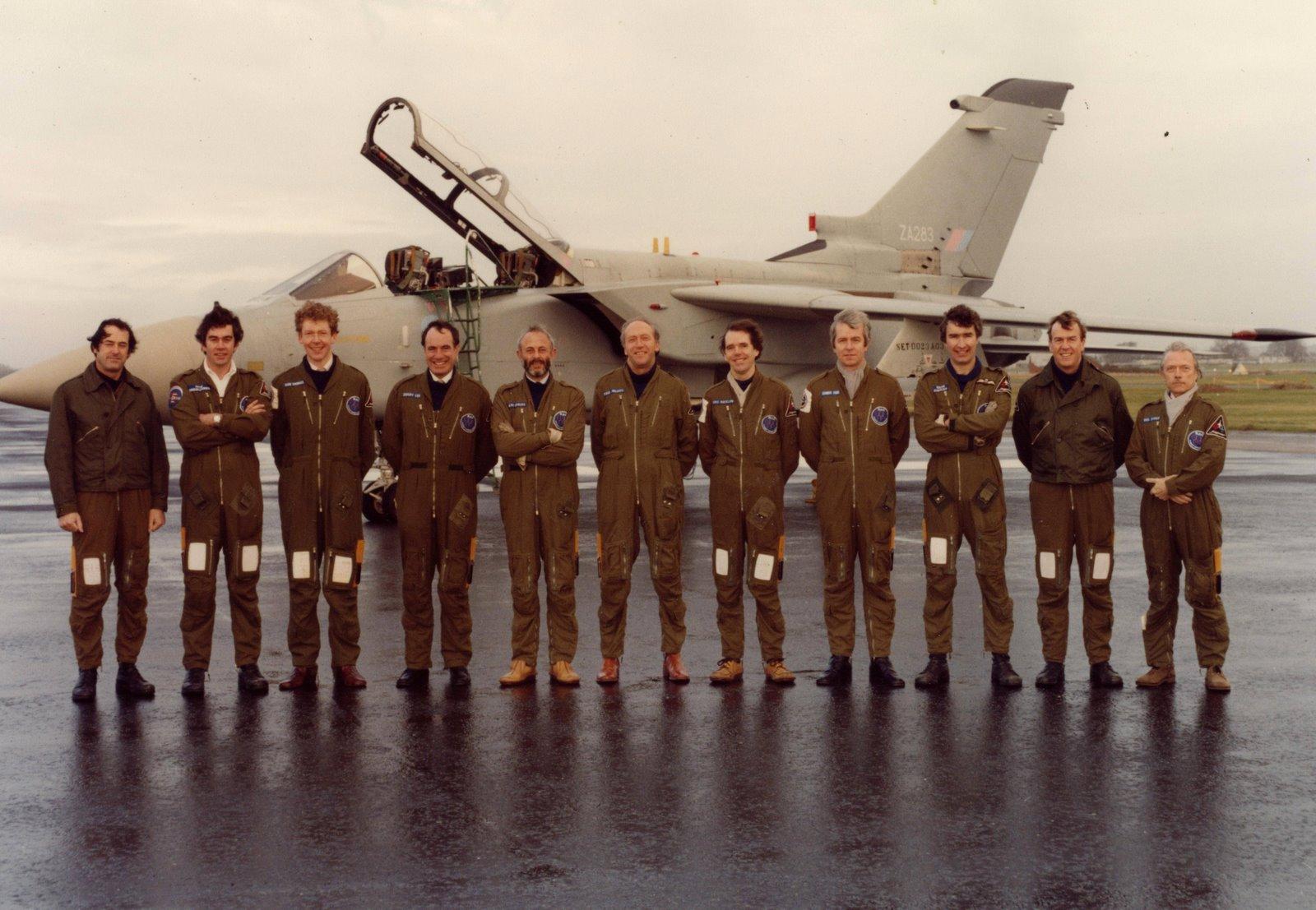 [Warton_Pilots_1982-1.JPG]