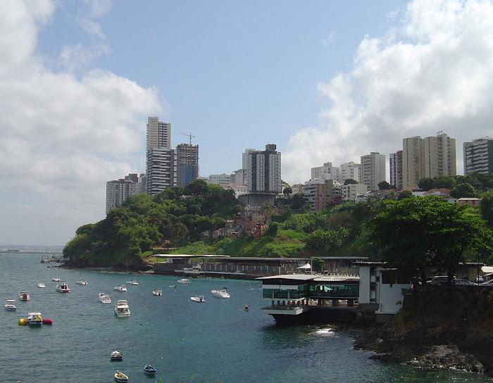 Yacht Clube e encosta da Vitória