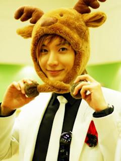 http://3.bp.blogspot.com/_YjmR1bJjRCY/S3olh7HHwbI/AAAAAAAAAdc/wni6_Kj0xRk/s320/cutest+teukie.jpg