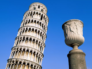 Pisa Leaning Tower wallpaper
