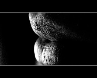 Lips with Black wallpaper