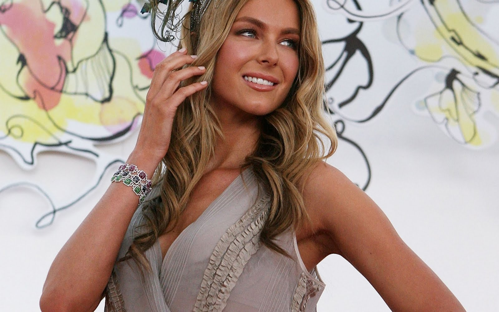 Jennifer Hawkins - Gallery