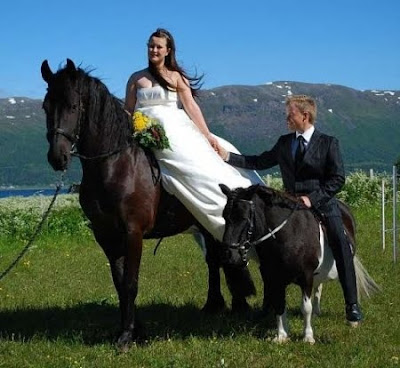 save+a+horse+ride+a+groom.jpg