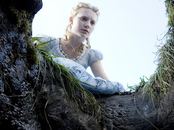 #10 Alice in Wonderland Wallpaper