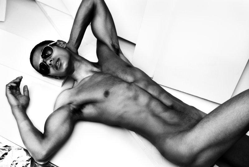 fotos de christian mickley desnudo
