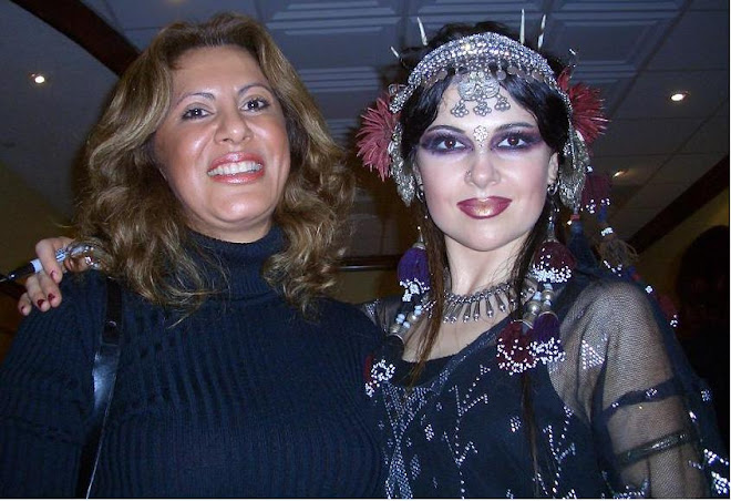 Zamira con Moria, de las Belly Dance Superstars