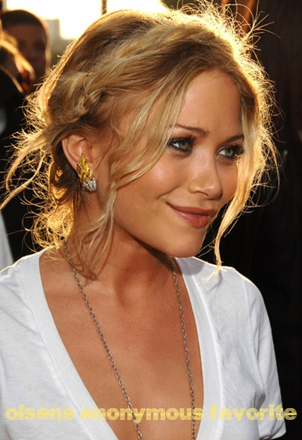 mary kate olsen hairstyle. Labels: Hair, Mary-Kate Olsen