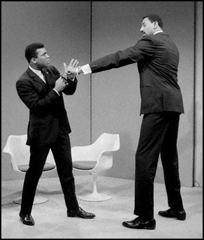 Ali and Chamberlain on the Howard Cosell Show