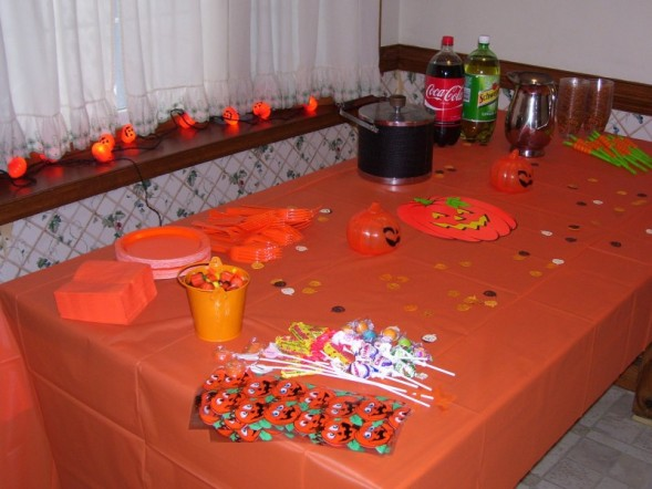 [1stbirthdaytable.jpeg]