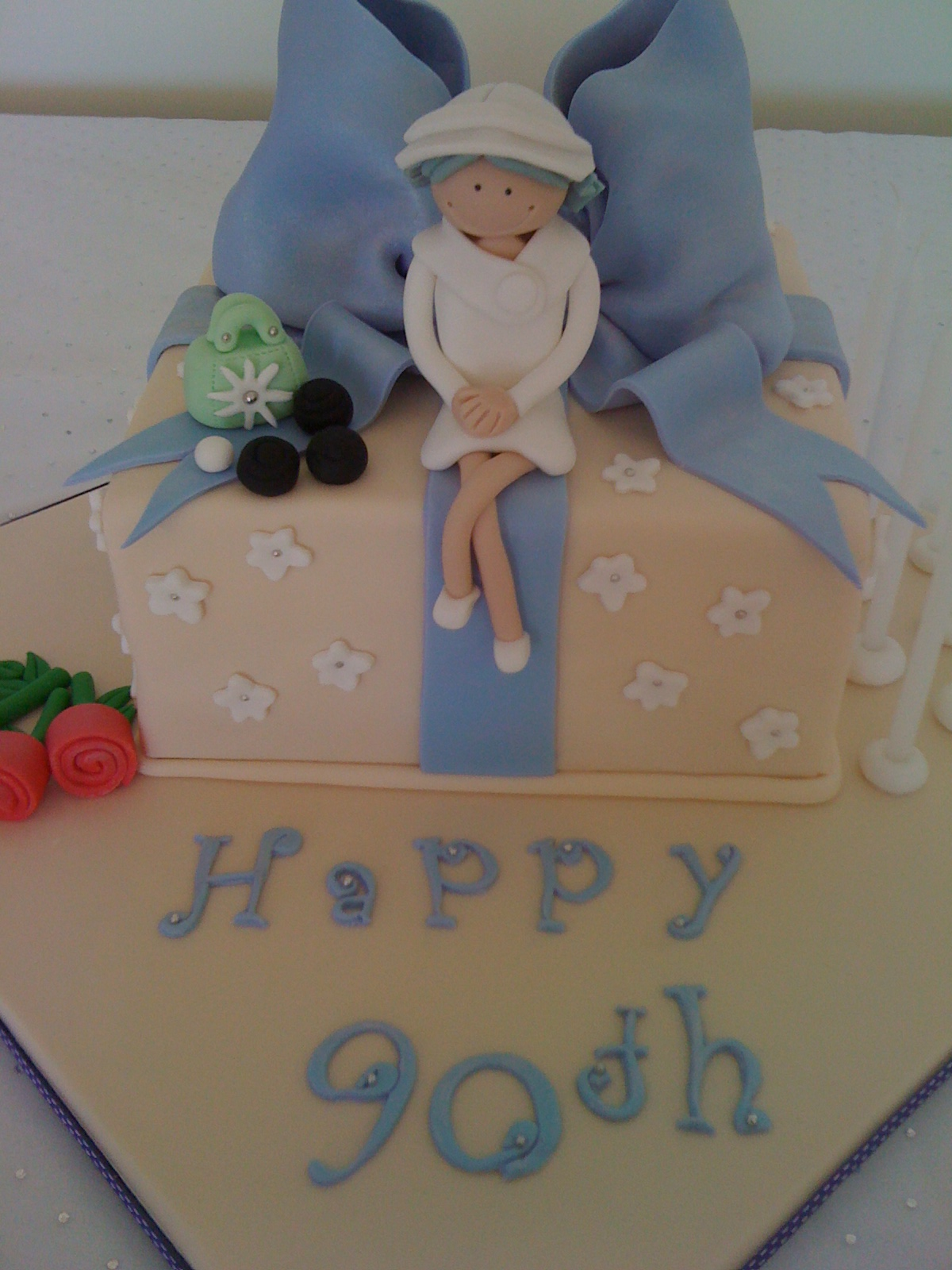 The Cupcake Stand My Nannas 90th Birthday Cake