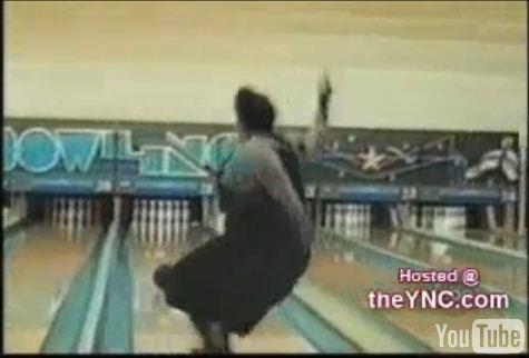 http://3.bp.blogspot.com/_YyXZ9LFygq0/THITrxzr9AI/AAAAAAAAAb4/xmNYAdUBG2k/s1600/bowling.JPG