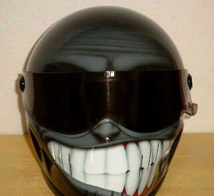 http://3.bp.blogspot.com/_YyXZ9LFygq0/TNz6-T5PPJI/AAAAAAAAC_s/7z2S-keSQSk/s1600/funny-helmet.jpg