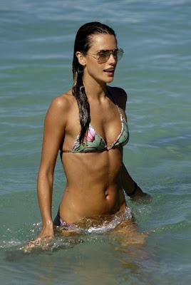Alessandra Ambrosio a slabit