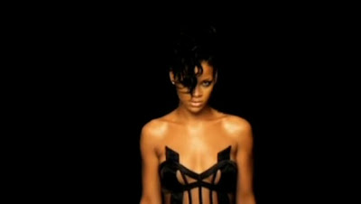 Kanye West  ft Rihanna - Paranoid