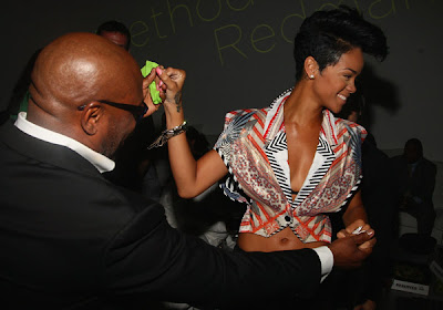 Rihanna's hair