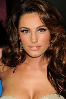 Kelly Brook at the premiere of Piranha 3D