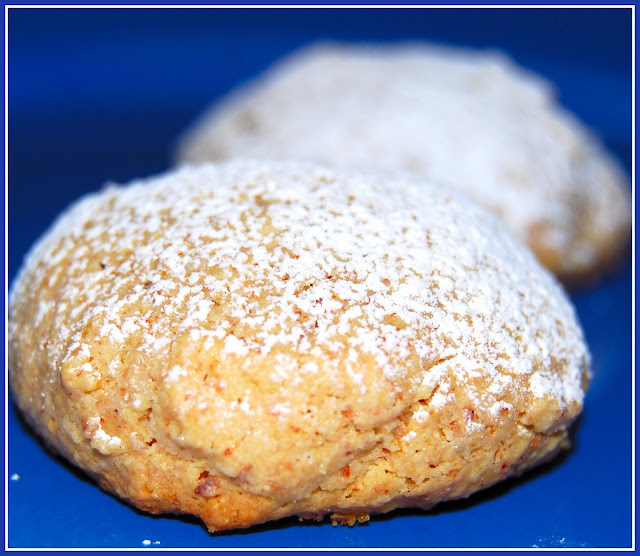 Amaretti Cookies - Holy Cow! Vegan Recipes