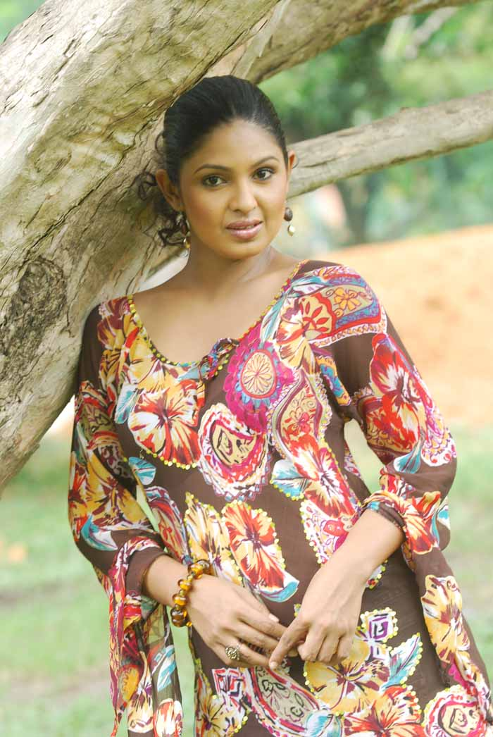 actress dulani anurada sex Lanka