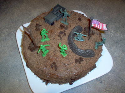 Is Mud Cake Easy To Cut Into Shapes