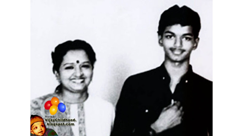 childhood photos of vijay,with his parents and sister