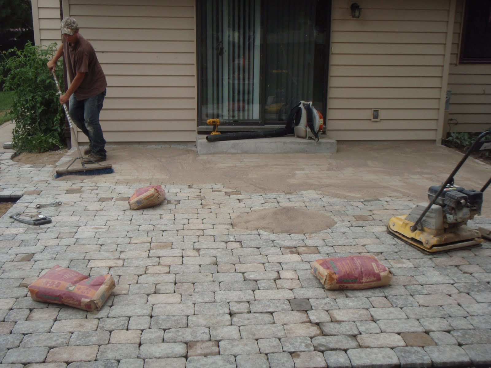Grading Landscaping Paver Patios Retaining Walls And