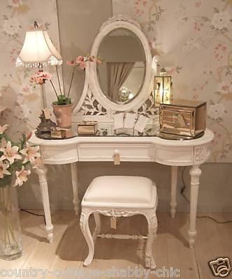 a little beauty spot dressing table make over