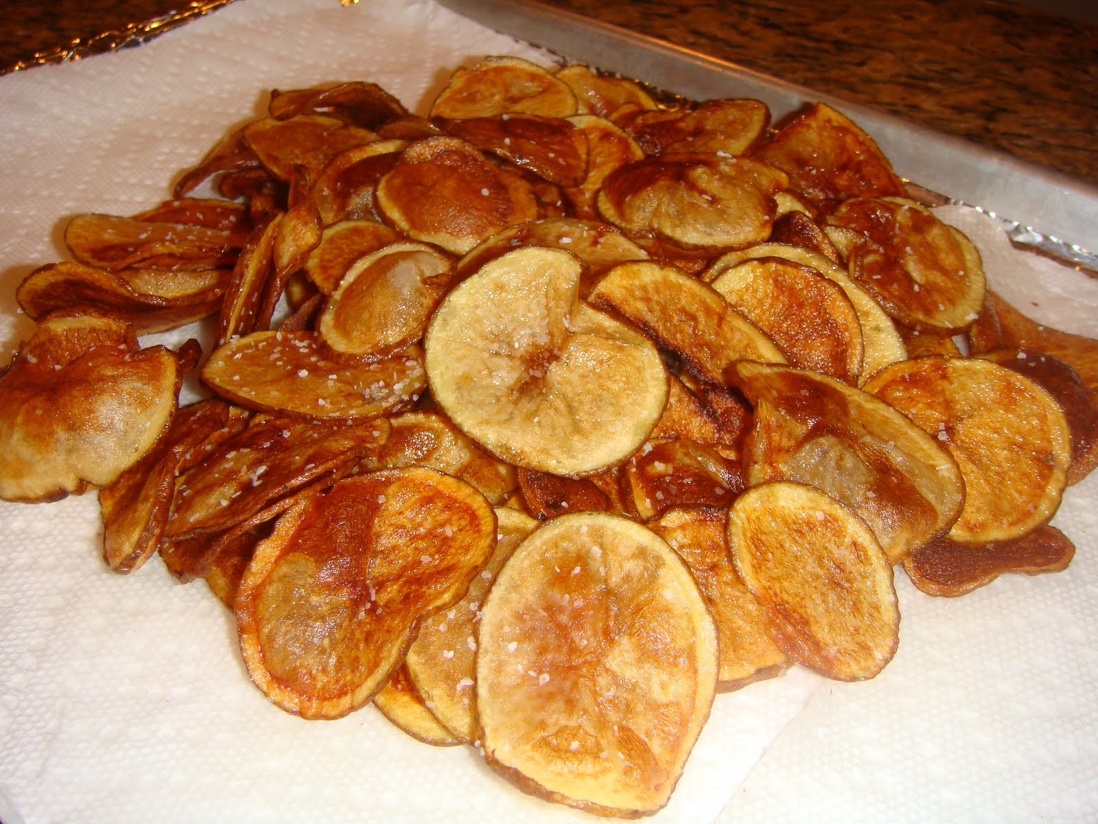 Our Blissfully Delicious Life: Homemade Potato Chips