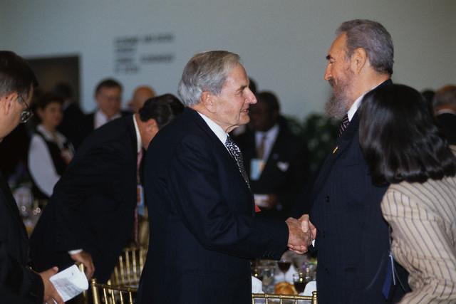 Se cayo el mito de Castro y del Comunismo hace rato