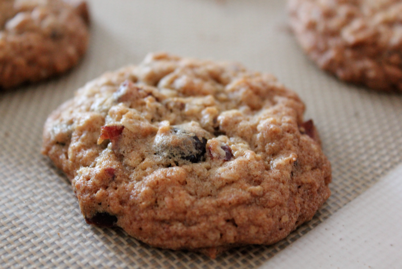 Milk 'N Cookiezzz: Oatmeal Cranberry Cookies