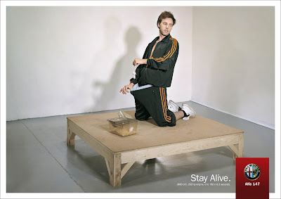 Publicité Alfa Romeo 147 : Stay Alive !
