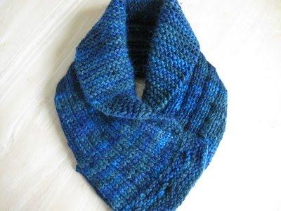 Free Knitting Patterns For Cowl Collars : SHAWL COLLARED COWL FREE KNITTING PATTERN - VERY SIMPLE FREE KNITTING PATTERNS