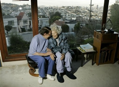 Phyllis Lyon and Del Martin at their home in San Francisco on 2 March 2008 -- Photo by Marcio Jose Sanchez, AP