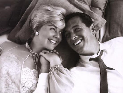 Scene from Pillowtalk with Doris Day and Rock Hudson