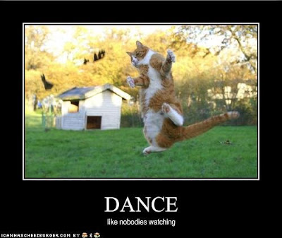 LOLCat Dance like nobody's watching