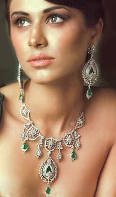 6 - Wedding Wear Latest & Stylish Asian Bridal Jewelry