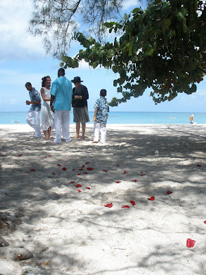 How to Plan the Perfect Cayman Wedding - image 2