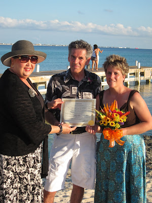 Cayman Island Pier Wedding for Illinois Pair -image 5