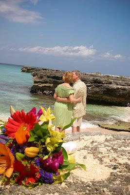 Eloping Texans Enjoy Their Easter Cayman Cruise Wedding - image 8