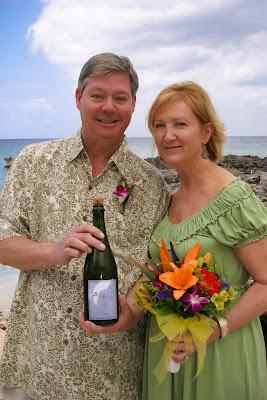 Eloping Texans Enjoy Their Easter Cayman Cruise Wedding - image 4