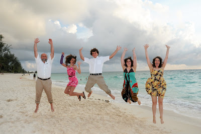 Surprise Wedding Vow Renewal on Grand Cayman Island - image 5