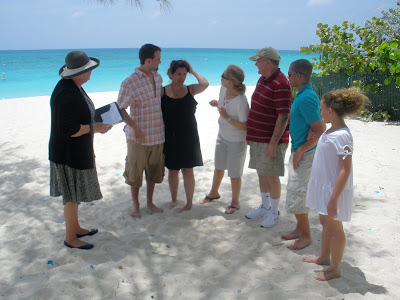 Impromptu Grand Cayman Cruise Wedding was quite unusual - image 1