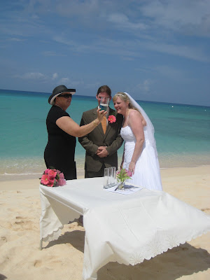 Simply Divine Wedding at Bus Stop 29 - image 6