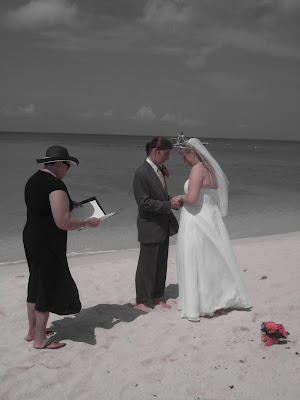 Simply Divine Wedding at Bus Stop 29 - image 3