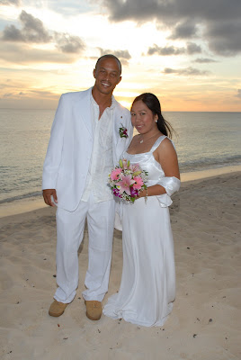 Locals Sunset Wedding at Marriott Courtyard Beach - image 3